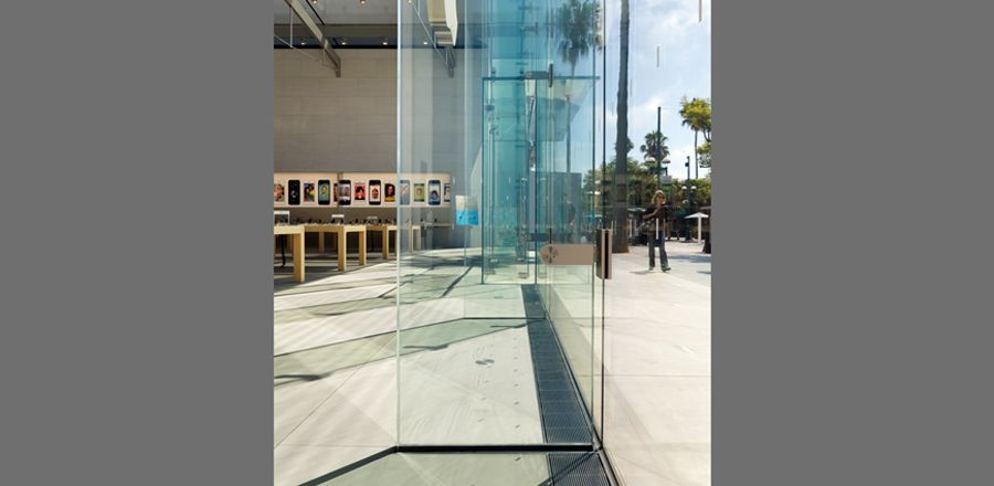glass fins – All-glass constructions