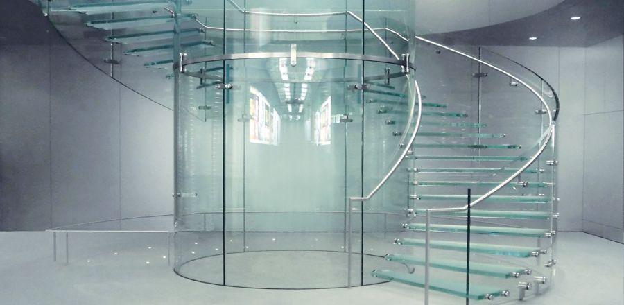 constructions en verre plein. Black Bedroom Furniture Sets. Home Design Ideas