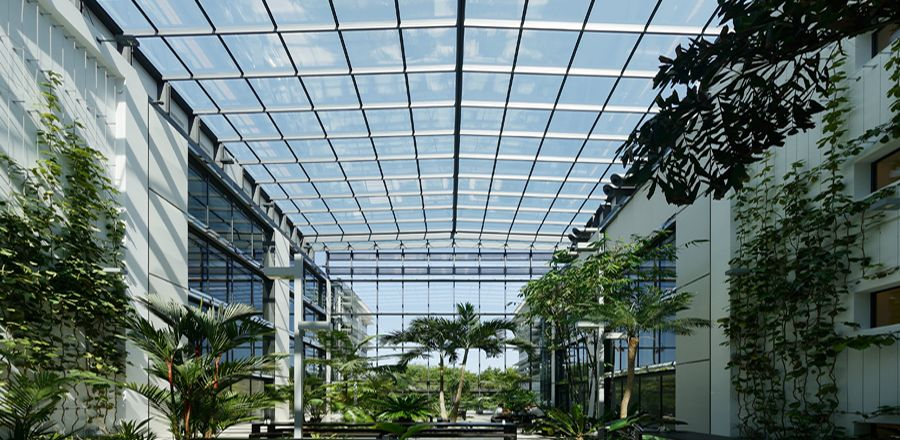 News, openable glass roof, Baader Bank, moveable roof construction, Gräfling