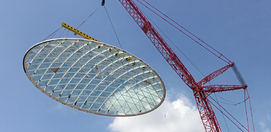 970 m², elliptical curved glass roof by FRENER & REIFER for IONA